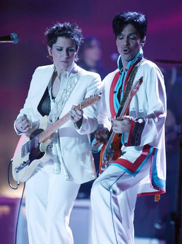 Prince Plays The Brits