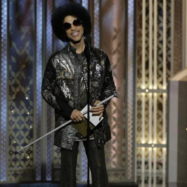 Prince surprises at Golden Globes